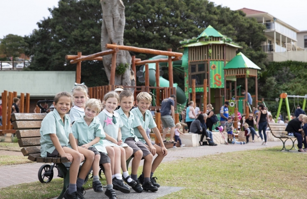 Stella Maris and Corpus Christi students help create new Shellharbour playground